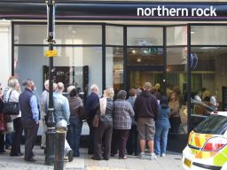 Engeland richting volgende kredietcrisis dankzij bezuinigingen (en Nederland ook?)