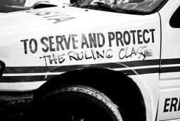 Politie ontstond ter bescherming van elite, zegt historicus Sam Mitrani [Radicale Denkers Over #2]